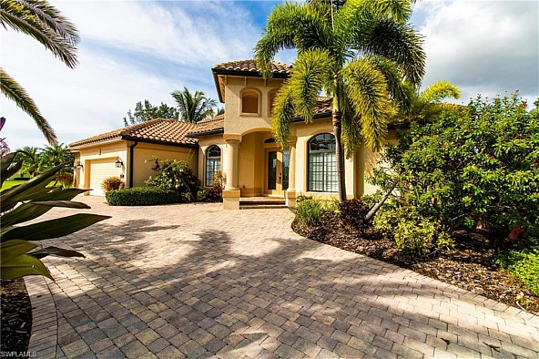 Exceptionally elegant Southwest Cape Coral Gulf access home