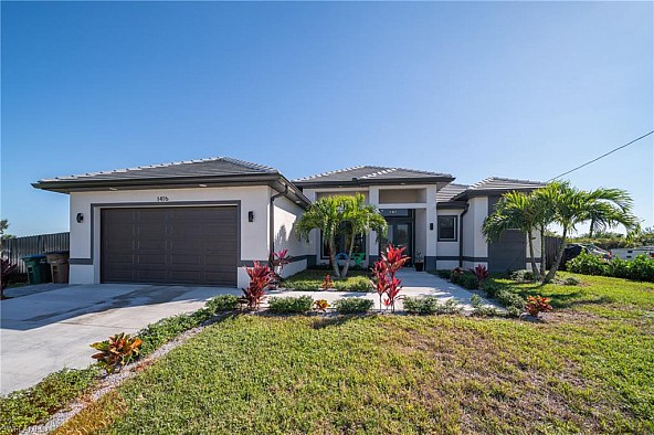 Wonderful home with an amazing pool - Wunderschönes Haus mit tollem Pool in Cape Coral