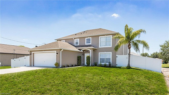 Amazing pool home for families in Cape Coral